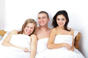 Threesome Dating